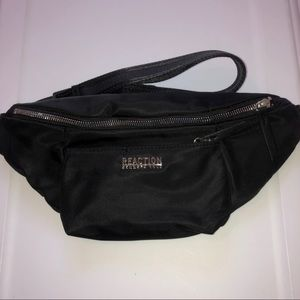 Reaction Kenneth Cole black waist pouch fanny pack